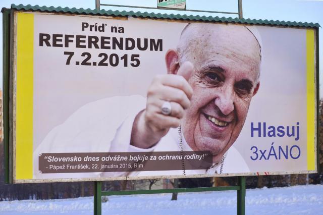 papa francesco referendum